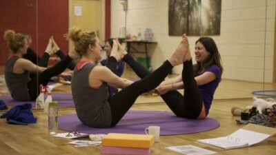 Learning How to Teach Kids Yoga